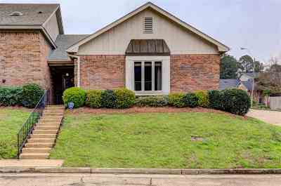 Hinds County Single Family Home For Sale: 202 Meadow Knoll Dr
