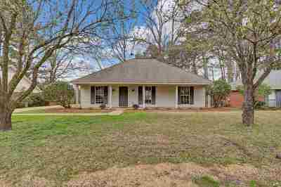 Madison Single Family Home Contingent/Pending: 646 Twin Harbor Pl