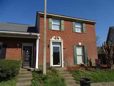 Jackson Townhouse Contingent/Pending: 133 N Brighton Dr