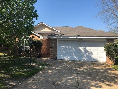 Ridgeland Single Family Home For Sale: 1010 Carlyle Cv