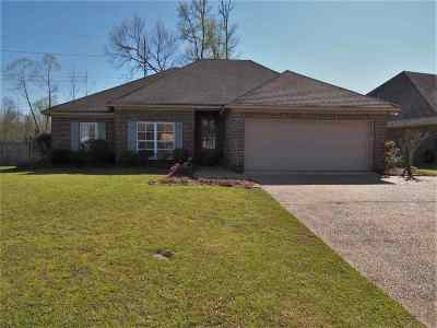 Clinton Single Family Home Contingent/Pending: 130 Glen Auburn Dr