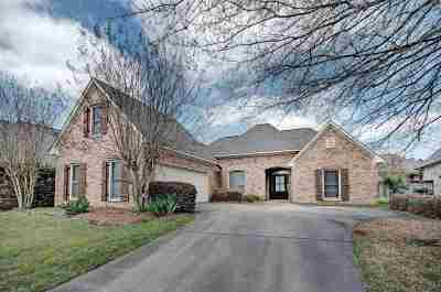 Flowood Single Family Home For Sale: 111 Belle Meade Blvd