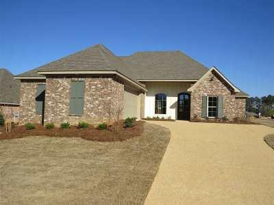 Brandon Single Family Home For Sale: 400 West Cowan Creek Cv