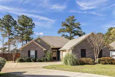 Brandon Single Family Home Contingent/Pending: 409 Bedford Pl