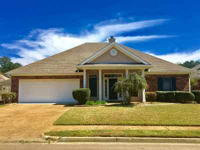 Brandon Single Family Home For Sale: 324 Garden Dr