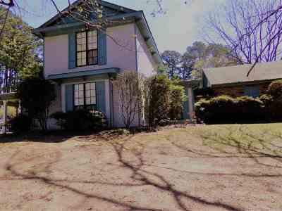 Hinds County Single Family Home Contingent/Pending: 210 Linglewood Dr