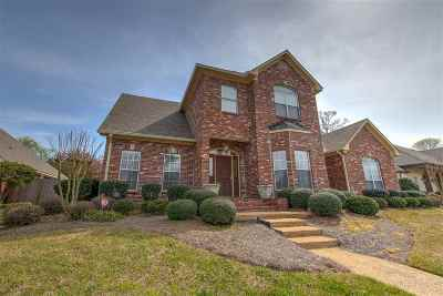 Brandon Single Family Home For Sale: 177 Woodlands Glen Cir