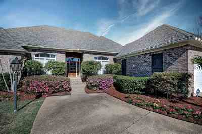 Clinton Single Family Home For Sale: 118 Bellemeade Trace