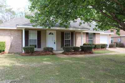 Byram Single Family Home For Sale: 3018 Meagan Dr