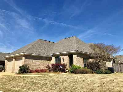 Flowood Single Family Home Contingent/Pending: 134 Tradition Pkwy