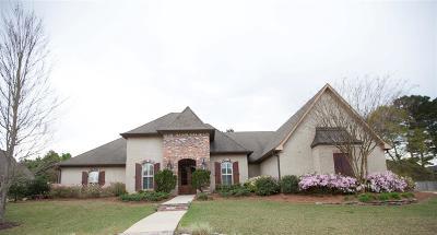 Madison Single Family Home For Sale: 266 Lake Cir