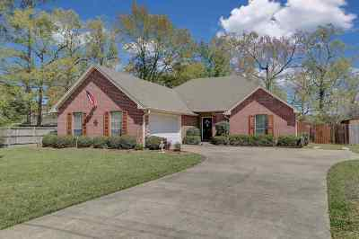 Richland Single Family Home Contingent/Pending: 302 Bradford Dr