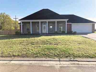 Byram Single Family Home Contingent/Pending: 201 Brannan Ave