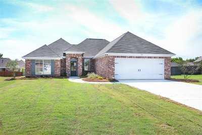 Madison Single Family Home For Sale: 507 Carpenter Cv