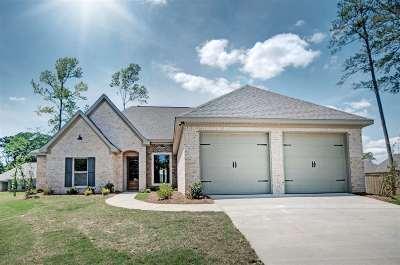 Brandon Single Family Home For Sale: 130 Rosemont Dr.