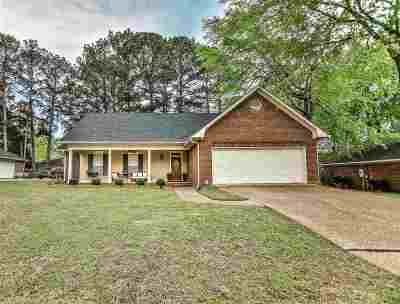 Ridgeland Single Family Home Contingent/Pending: 105 Timber Crest Dr