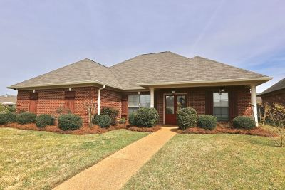 Brandon Single Family Home Contingent/Pending: 501 Kate Lofton Dr