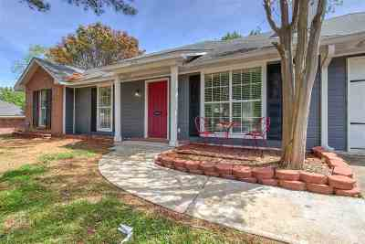 Ridgeland Single Family Home Contingent/Pending: 326 Brookwoods Dr