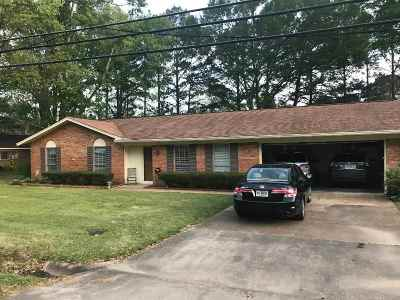 Madison Single Family Home Contingent/Pending: 113 St. Augustine