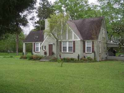 Leake County Single Family Home For Sale: 701 Old Canton Rd