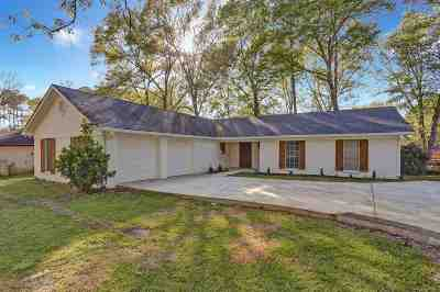 Brandon Single Family Home Contingent/Pending: 103 Sweet Gum Rd