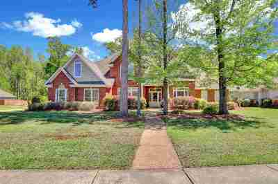 Madison Single Family Home For Sale: 226 Hickory Glen