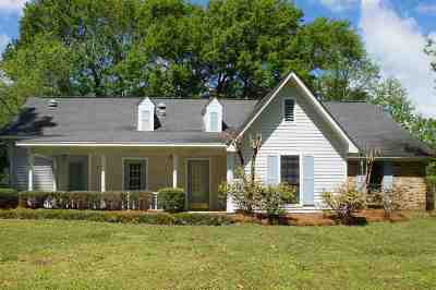 Brandon Single Family Home For Sale: 206 Haddon Cir