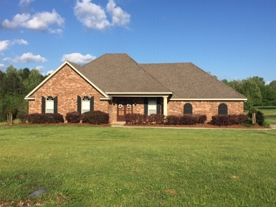 Byram Single Family Home Contingent/Pending: 153 McCarty Rd