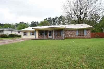 Pearl Single Family Home Contingent/Pending: 2127 Napoleon Ave