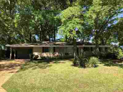 Pearl Single Family Home Contingent/Pending: 417 Gretna St