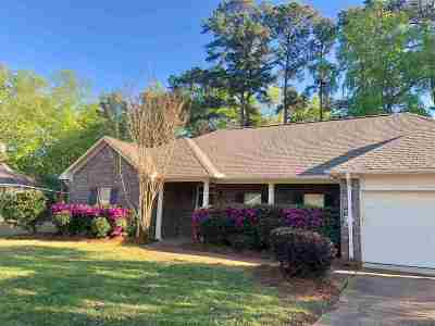 Brandon Single Family Home For Sale: 328 Wood Duck Cir