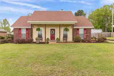 Byram Single Family Home For Sale: 6000 Cedarglenn Dr