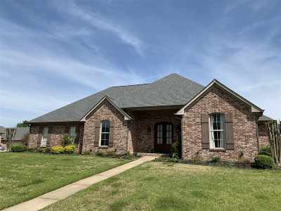 Canton Single Family Home Contingent/Pending: 126 Bradshaw Crossing St