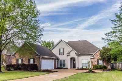 Madison Single Family Home For Sale: 502 Carlisle Cir