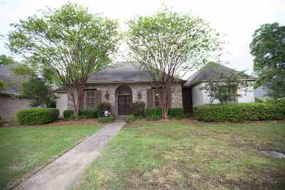 Ridgeland Single Family Home For Sale: 630 Berridge Dr