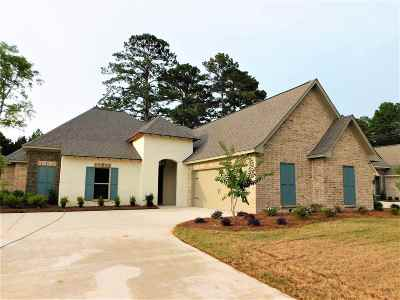 Brandon Single Family Home For Sale: 308 River Forest Ln