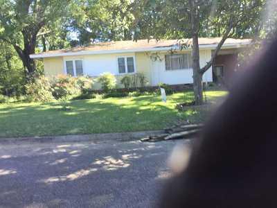Jackson Single Family Home For Sale: 2124 Margaret W. Alexander Dr