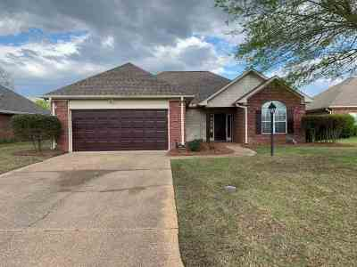 Hinds County Single Family Home Contingent/Pending: 22 Old Bridge Cv