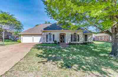 Madison Single Family Home Contingent/Pending: 412 Harriette Hollow