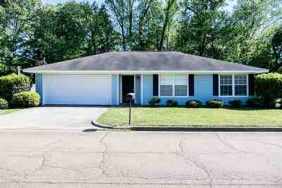 Canton Single Family Home Contingent/Pending: 217 Alice Scott Dr