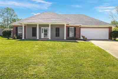 Rankin County Single Family Home For Sale: 1000 Cobblestone Pl