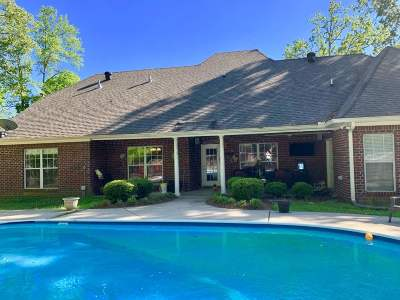 Brandon Single Family Home For Sale: 103 Winchester Dr