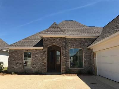 Brandon Single Family Home For Sale: 426 Emerald Trail