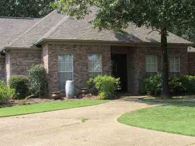 Byram Single Family Home For Sale: 309 Barrington Cv