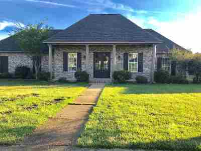 Madison County Single Family Home For Sale: 130 Providence Dr