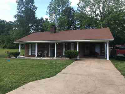 Richland Single Family Home Contingent/Pending: 101 Richland East Cir