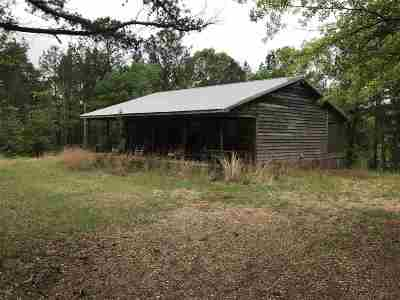 Carthage MS Single Family Home For Sale: $155,000