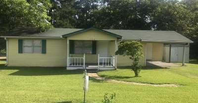 Madison County Single Family Home For Sale: 104 Burden St