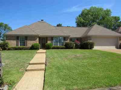 Flowood Single Family Home Contingent/Pending: 2003 Pinehaven Dr