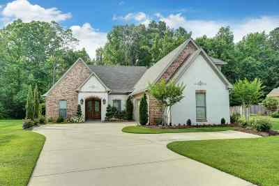 Flowood Single Family Home Contingent/Pending: 711 Chickasaw Dr South